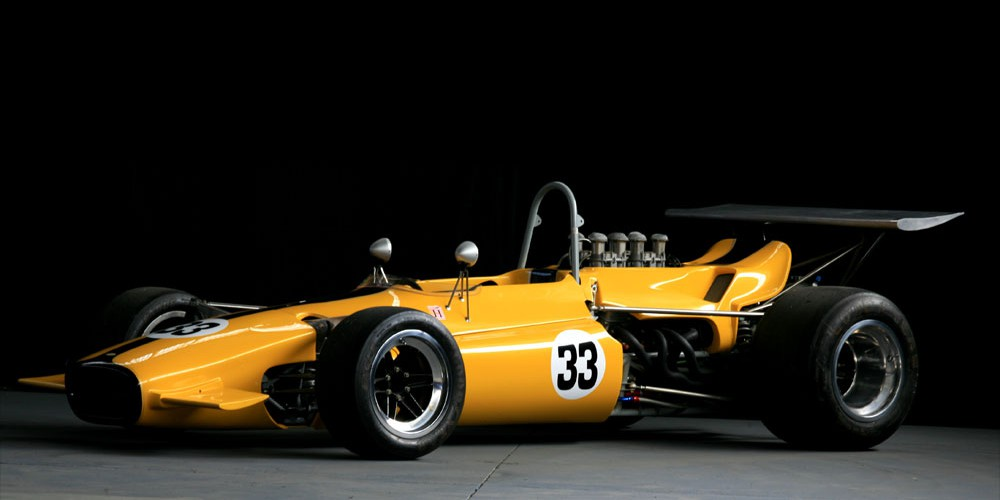 Lola-T142_Front-3-4_3