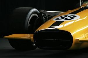 Lola T142 F5000